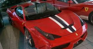 May no se ha complicado tanto. Wicked Ferrari Dealership Down The Road From Me Always Some Cool Stuff In There Like This 458 Speciale Want
