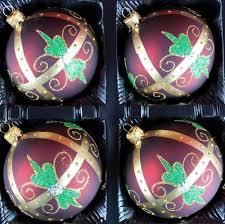 Exklusives 4er Christbaumschmuck Set In Bordeaux Gold Und Grün Bemalt 10 Cm Mundgeblasen Und Liebev