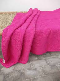 Bright pink quilted bedspread chevron pattern zig zag & ð???zoom Adamdwight.com