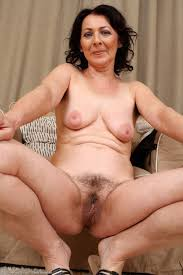 Nude mature women hairy pussy photos