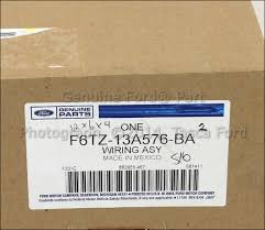 brand new ford oem 7 pin connector trailer wiring harness feed brand new ford oem 7 pin connector trailer