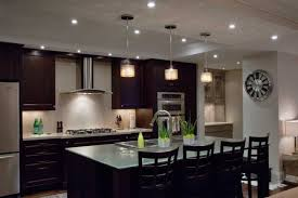 banner room setting kitchen1