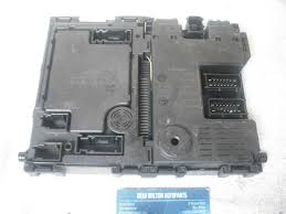 a genuine peugeot 406 fuse box control unit bsi siemens s110950410 a genuine peugeot 406 fuse box control unit bsi siemens s110950410 9640091380 00 bsi d9 b4