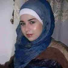 مطلقة مصرية تبحث عن زوج جاد