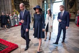 「マークルさんとエリザベス女王」の画像検索結果