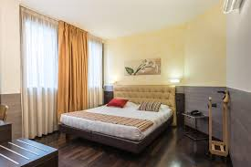 Classic Double Room Hotel Continental Bologna