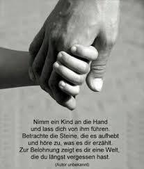 Nimm Ein Kind An Die Hand Und Lass Dich Von Ihm Führen Betrachte