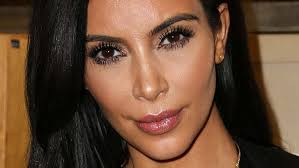 kim kardashian is on the cover of vouge spain without any makeup the reality tv star ounced to the world her nomakup cover on friday on insram with