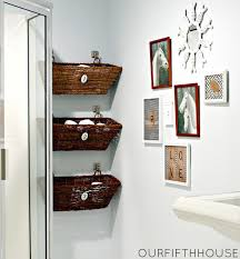 Vintage Bathroom Wall Decor  Easy Yet Stunning Ideas For Wall Decor For Bathrooms