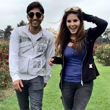 exclusive sunny leone s brother sundeep did not watch her web series karenjit kaur find out why bollywoodlife