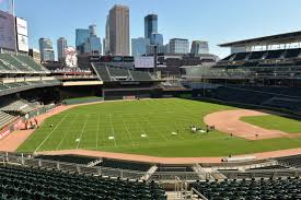 Heres How Target Field Was Morphed Into A Football Stadium