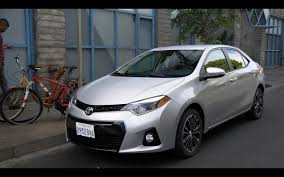 Toyota Corolla – New Girl TV Show Scenes