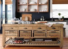 Mobile kitchen island will completely change the look of your