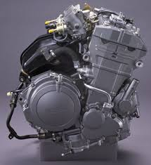 motorcycles cars xorl %eax %eax page 2 here you can see the straight twin most commonly referred as parallel twin engine of a yamaha tdm 900 such twin piston engines have their cylinders