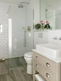 Small Master Bathroom Makeover Ideas On A Budget - Small master bathroom