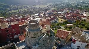 In volo sulla Torre di Capriati a Volturno (CE) - YouTube