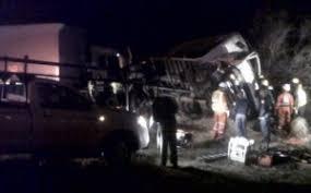 Two head-on truck collisions near Bloemfontein - ER24