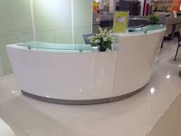 high quality semi circle half round exhibition glass top reception counter desk design for reception