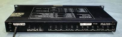 simmons amp. front simmons mtx9 back amp