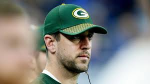 brett favre articles photos and videos chicago tribune aaron rodgers wants to play as long as tom brady thinks he might have to