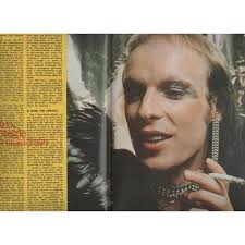 At the time he had a stalker that kept on leaving dark traces around his house during the night. Ciao 2001 01 07 1979 Italian 1979 Music Magazine By Roxy Music Brian Eno Magazine With Gmvrecords Ref 117976826