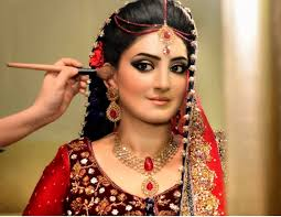 makeup tips for small eyes good looking make over of bride stani