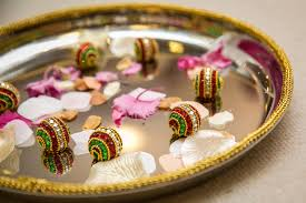 How To Decorate Trays For Indian Wedding