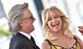 Kurt russell walks off 2nd interview on gun control 2 separate interviews here. Goldie Hawn And Kurt Russell Share Glimpse Inside Home In Rare Family Video Hello