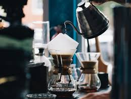 The chemex appears more intimidating than its other coffee maker counterparts (the bloom seems to get people), but it's probably one of the best options out there for making flavorful, rich coffee. Best Coffee Grinder For Chemex Medium Coarse Grinds Easy Manyeats