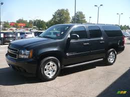 2010 Chevrolet Suburban - Information and photos - MOMENTcar
