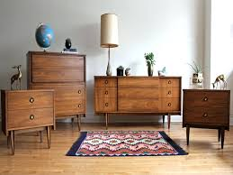 modern bedroom with antique furniture. Mid Century Modern Bedroom Colors Lovely Set By Hooker Antique Master Cen Modern Bedroom With Antique Furniture 1