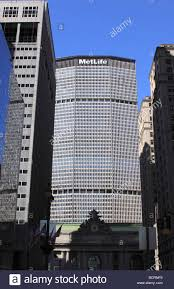 the metropolitan life insurance company building formerly the pan am building near grand central terminal new york city usa