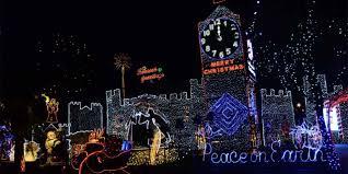 Temecula Ca Christmas Lights Get Into The Holiday Spirit On Fresnos Colorful Christmas