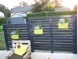 Patio Privacy Fence Best 20 Pallet Privacy Fences Ideas On Pinterest Backyard