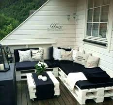 pallet patio furniture top sofa ideas pallets outdoor seat diy tutorial o pallet couch sofa outdoor furniture instructions diy set