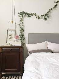 to decorate above the bed