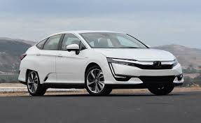 honda clarity. what\u0027s great about the 2018 honda clarity plug-in is that it supplies 340 miles of driving range on a full battery and 7 gallons unleaded gas.