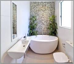 bathtubs for small spaces freestanding bathtubs small spaces incredible ideas freestanding tubs in small bathrooms japanese
