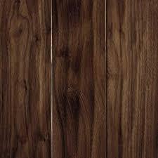 mohawk take home sle carvers creek natural walnut engineered hardwood flooring 5 in