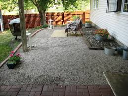 Image of: Pea Gravel Patio Design Ideas