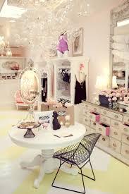 Cute And Glam Ankleidezimmer Schrank Zimmer