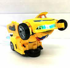 Transformer Verwandelbares Fahrzeug Bumblebee Spielzeug Geschenk in  Niedersachsen - Esterwegen