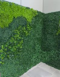 faux boxwood mix living walls exterior uv
