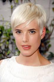 Short Razor Cut Hairstyles Best 20 Edgy Pixie Haircuts Ideas On Pinterest Edgy Pixie Hair