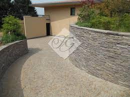 Zoccolo Esterno In Pietra : Posa porfido per pavimenti esterni a bergamo