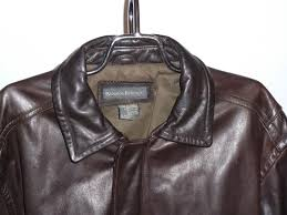 banana republic brown leather jacket front close up view
