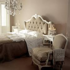 Small Chandelier For Bedroom Discover Small Chandelier For Bedroom Design Trends 2017 Artenzo