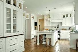 Off white country kitchens Small White Country Kitchen Cabinets Traditional Country Kitchens Traditional Country Kitchen Ideas Off White Country Kitchen Ideas 911 Save Beans White Country Kitchen Cabinets Ways To Create French Country