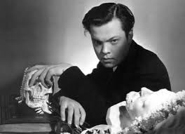 citizen kane deep focus review movie reviews critical a wunderkind and innovator of stage and radio orson welles and his mercury theater company caught the eyes of hollywood after his infamous radio adaptation