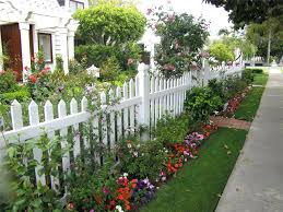 fence landscaping ideas white fence landscaping network ca natural garden fence ideas